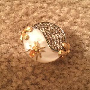 Fabulous Gold Statement /diamond ring 18k
